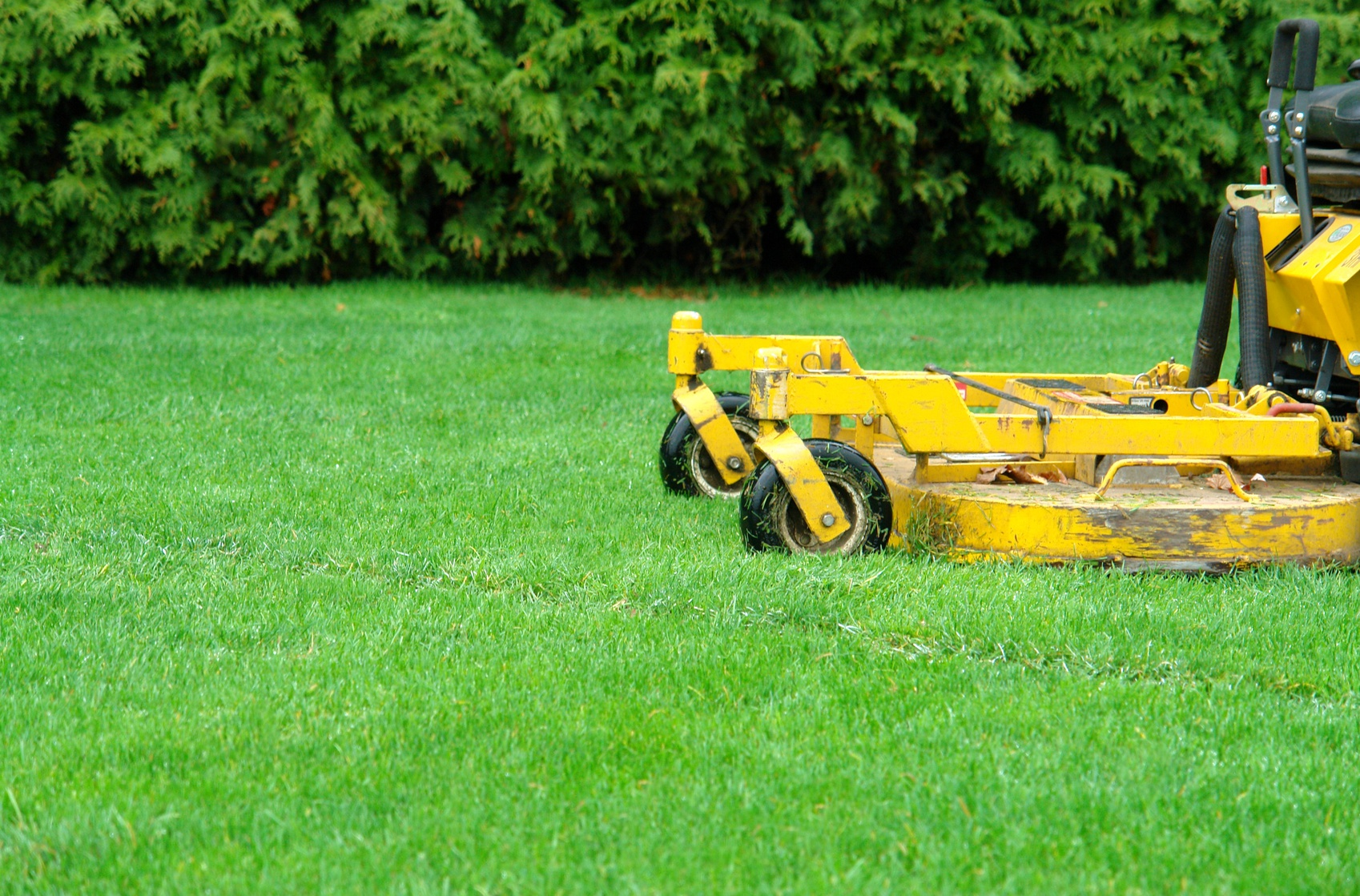 Lawn Mowing Techniques - Lawn Aeration Springfield MO